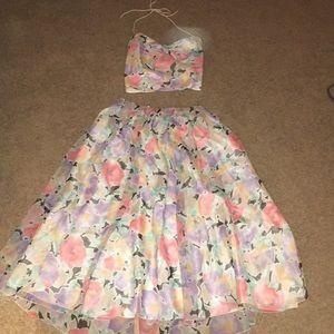 Dresses & Skirts - Vintage 2 piece dress